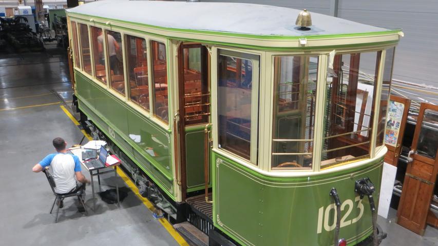 Ein Jahrhundert alt und doch ganz neu: Jugendstil-Straßenbahnwagen 1023