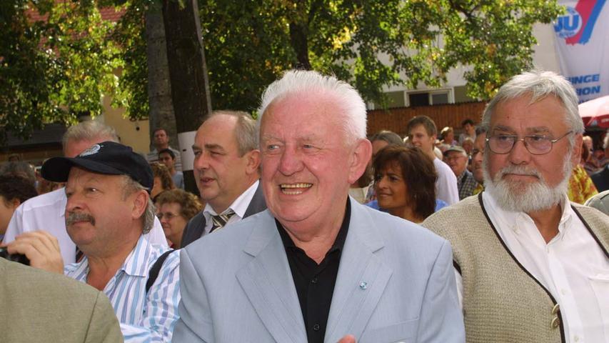 Heiligenstadts Bürger waren aber auch schon vorher große Freunde von Stetigkeit: Ebenfalls 30 Jahre war Krämers Vorgänger Johann Daum im Amt - und zwar von 1960 bis 1990.