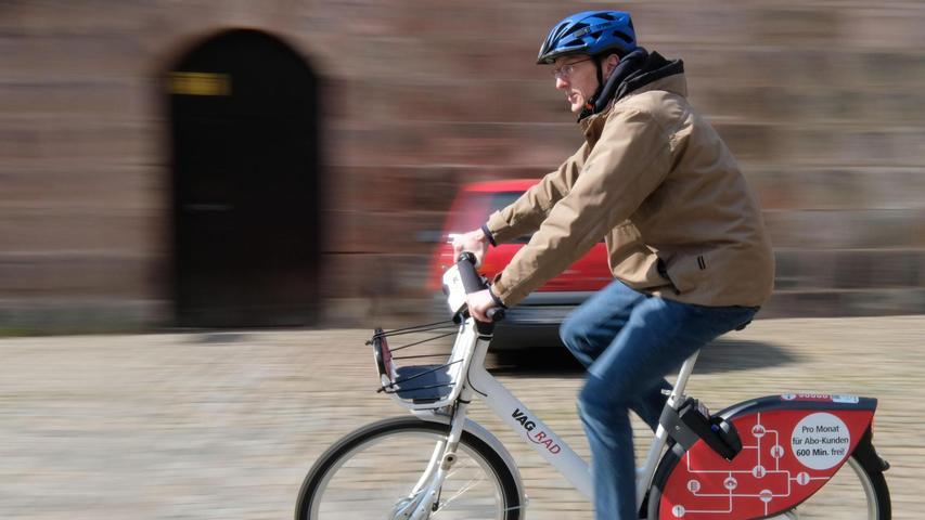Wer keinen eigenen Drahtesel zur Verfügung hat, soll trotzdem mobil sein können. Dafür wird das öffentliche Fahrradverleihsystem der VAG ausgebaut, mehrere Stadtteile bekommen neue Ausleihstationen.