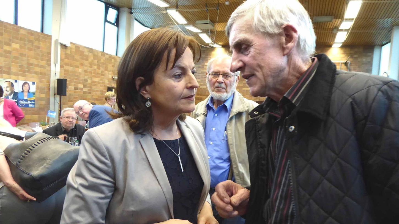 Manch konkrete Sorgen im Zusammenhang mit der EU-Politik wurden in persönlichen Gesprächen erörtert.