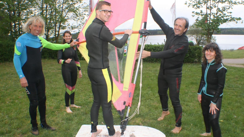 Familie Unterweger ist in Göppingen daheim. An den Brombachsee kamen die Baden-Württemberger, um sich in die Künste des Windsurfens einweisen zu lassen.