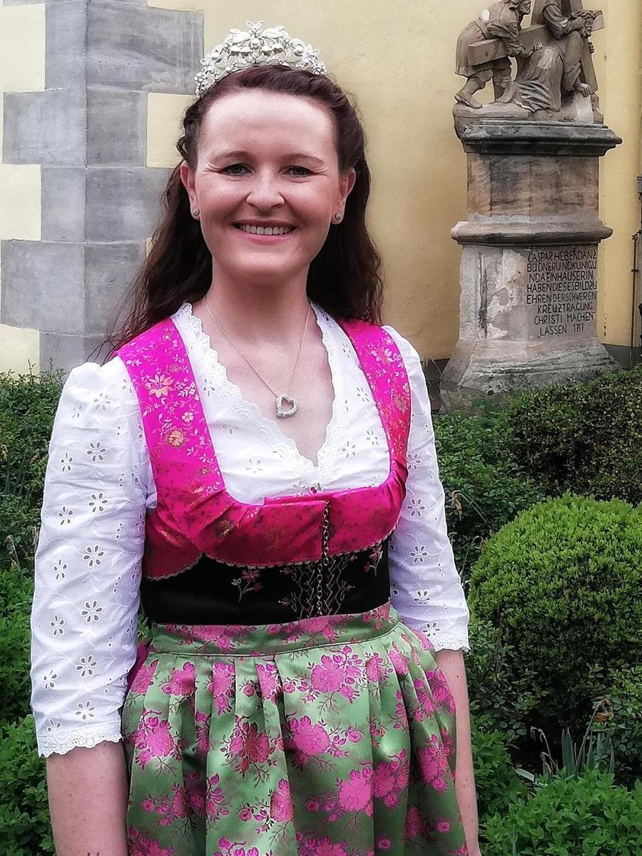 Kirschenkönigin Rebecca I. aus Langensendelbach.