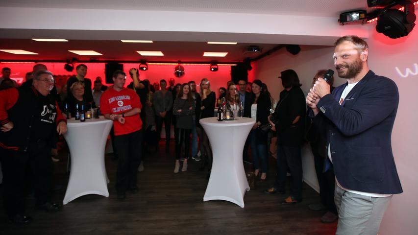05.05.2019 --- Basketball --- Saison 2018 2019 - 2. Bundesliga Pro-A --- Nürnberg Falcons Basketball Club NBC - Abschlußfeier Saisonabschlußfeier --- Foto: Sport-/Pressefoto Wolfgang Zink / DaMa --- ....Ralph Junge ( Trainer Geschäftsführer Headcoach Nürnberg Falcons BC NBC ) spricht zu Gästen