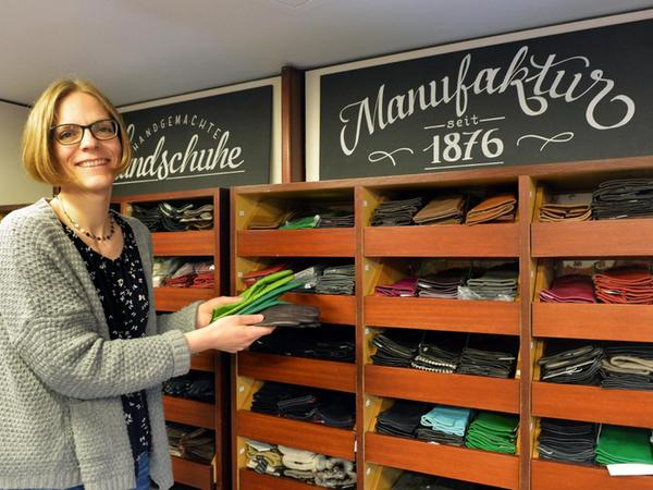 Anette Pfeiffer gesteht, dass sie durchaus aufgeregt und nervös sei wegen der endgültigen Schließung ihres Geschäftes.