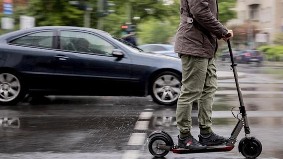 Ärger mit E-Scootern: Polizei kontrolliert in den nächsten Wochen verstärkt