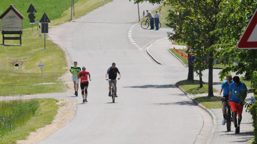 Die letzte Etappe führte die Läufer den giftigen Anstieg hinauf nach Gräfensteinberg.
