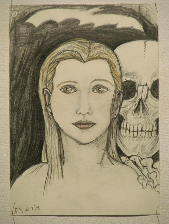 Zwei der Zeichnungen, die unter Leitung des Künstlers und Kunstpädagogen Thomas Mohi in der JVA Nürnberg entstanden sind.