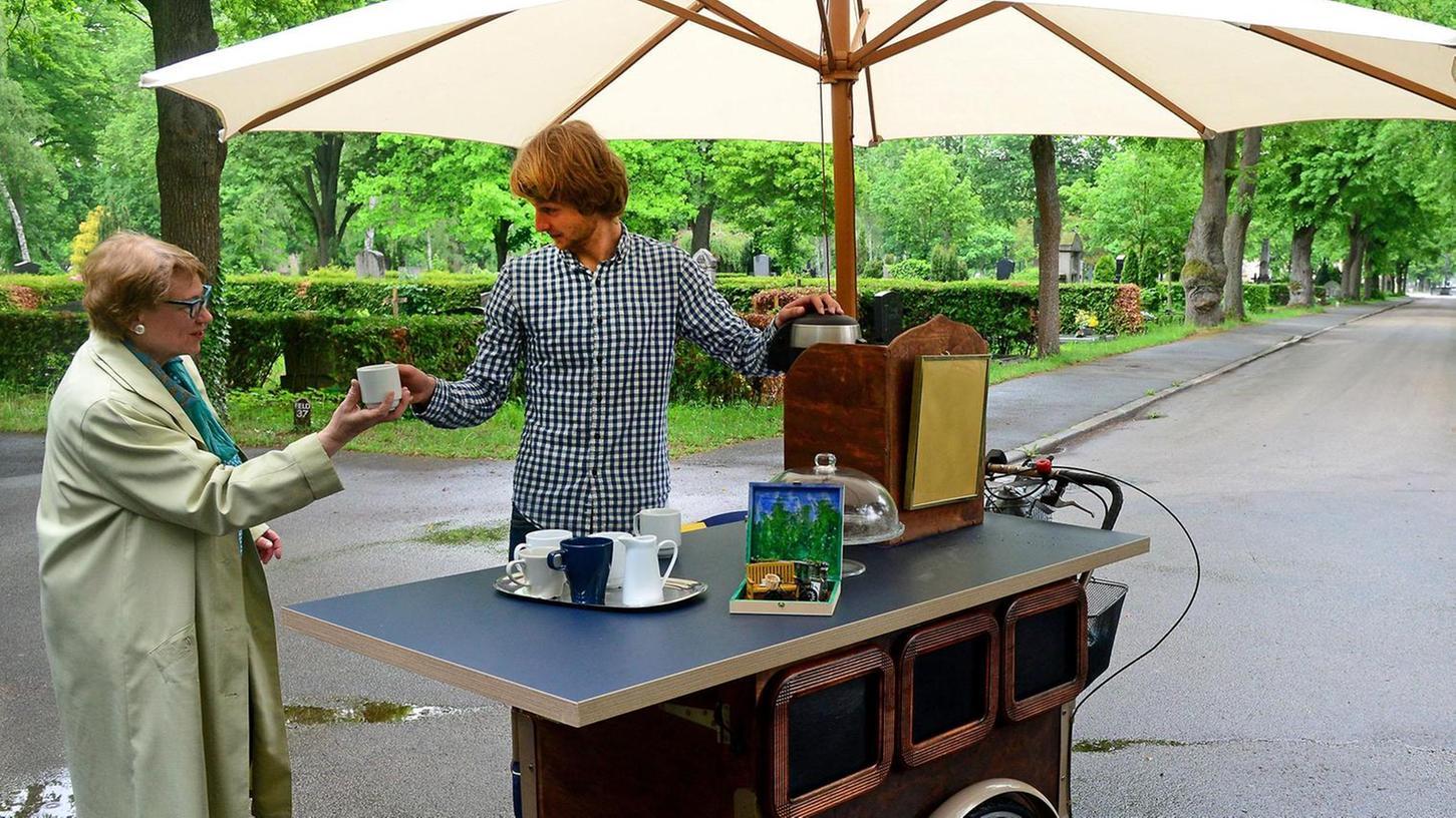 Fürth Ab Juli Fürth Freut Sich über Erstes Friedhofs Café