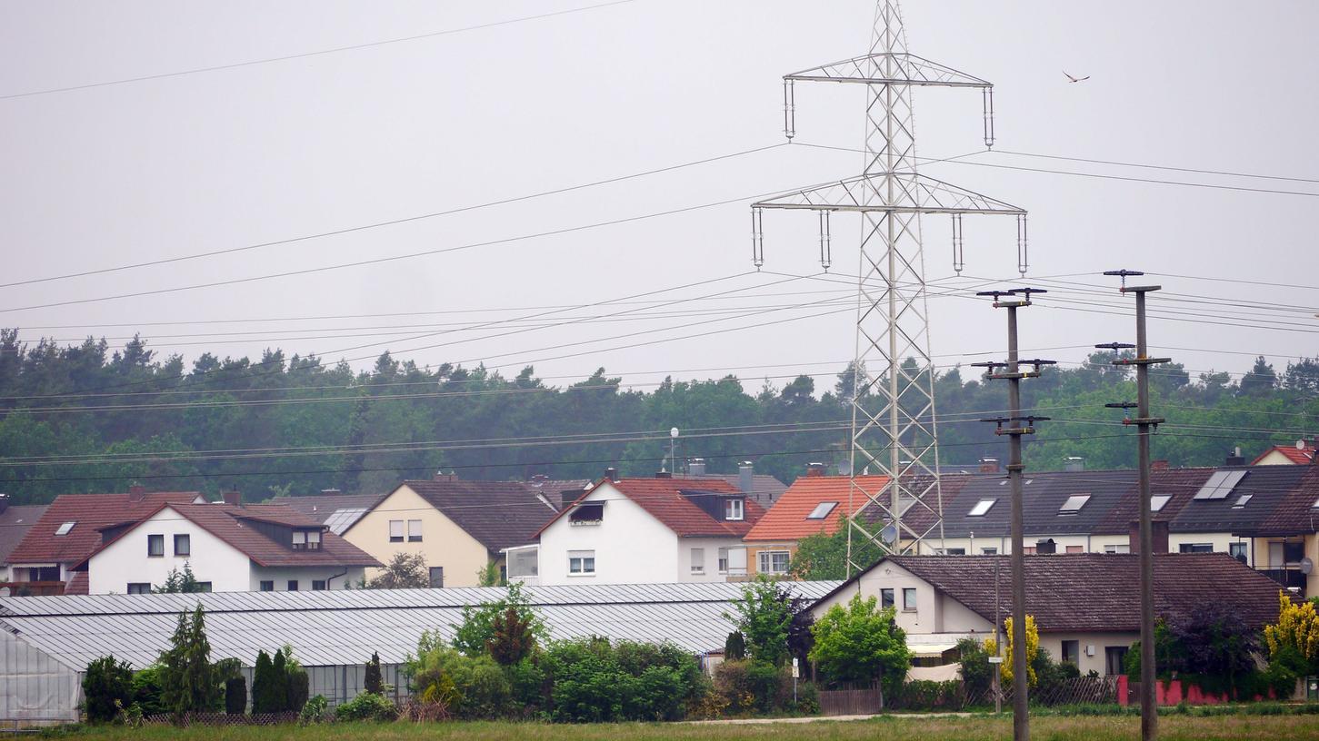 Nah dran: Die neue Stromleitung wird einen Mindestabstand zur Wohnbebauung haben.