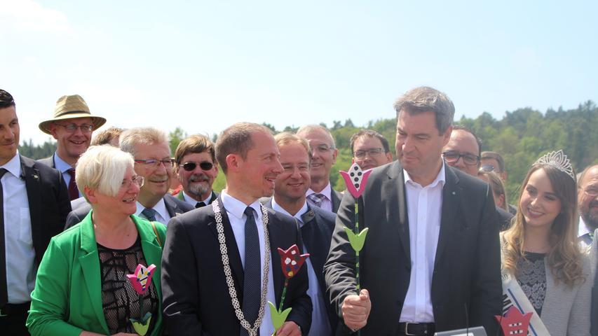 Bürgermeister Stefan Ultsch (li.) und Markus Söder Seite an Seite.