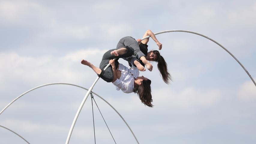 21. Internationale Figurentheater in Erlangen - Parkhaus Großparkplatz - La Spire (Die Windung) von Chloe` Moglia von der Compagnie Rhizome (Frankreich)..Foto: (c) RALF RÖDEL / NN (24.05.19)..