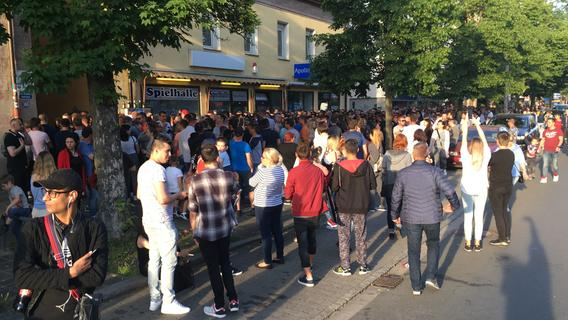 Rumänischer Wahl-Ärger in Nürnberg: BRK im Dauereinsatz