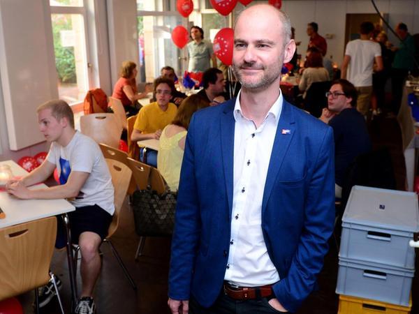 Dass es für ihn persönlich nicht reichen würde, ahnte Matthias Dornhuber bereits, nicht aber, dass die SPD derart verlieren würde.