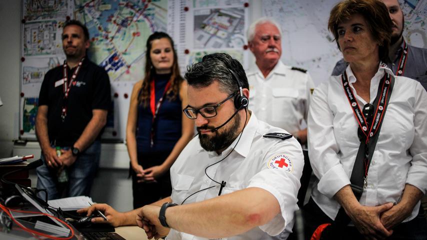 Rock im Park: Einblicke ins Einsatzzentrum des Roten Kreuz