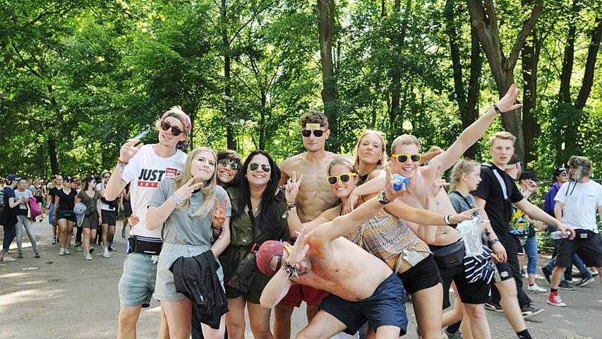 Finalstimmung und nackte Hintern: Die Rock-im-Park-Besucher am Sonntag!