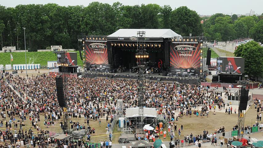 Gedränge vor den Bühnen und Zeltplatzflair: So sieht Rock im Park von oben aus