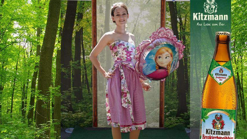 Aus Norddeutschland ist Martina Wagner angereist, die mit Elsa-Luftballon 38 Stimmen holte.