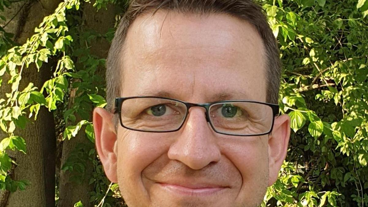 Der Fürther Schriftsteller Leonhard F. Seidl.