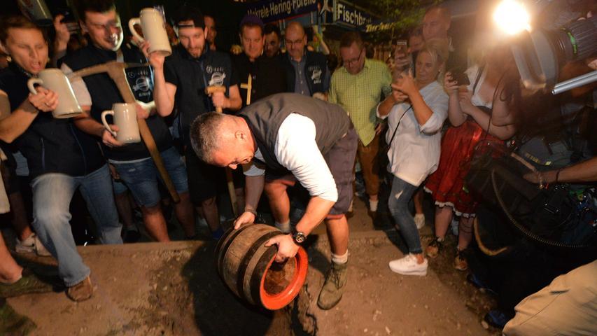 Auf dem Erich-Keller ist das letzte Fass Bier zu Grabe getragen worden.