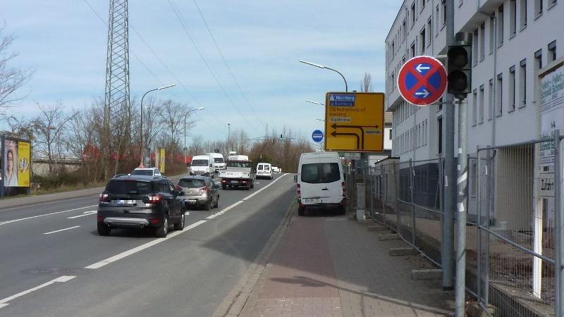Gehwegparker machen nicht nur den Radfahrern in Forchheim das Leben schwer. Bundesweit sind Gehwegparker ein Ärgernis, was sich immer wieder im ADFC-Fahrradklimatest zeigt.