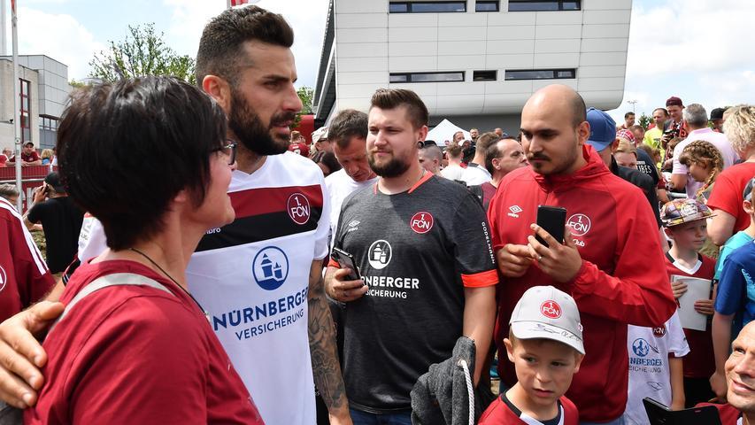2000 Fans und neue Gesichter: FCN schwitzt bei Trainingsauftakt