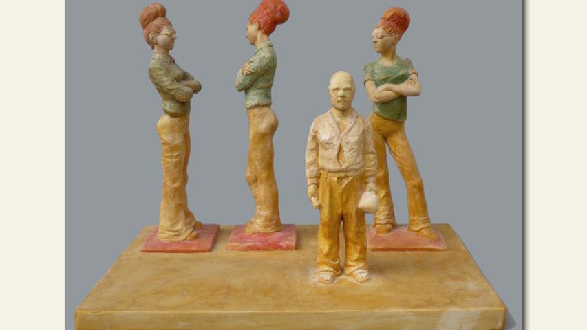 geb. 1965 in Bielefeld lebt in Nürnberg Der Meister und Dulcinea (2018) 23 x 30 x 20 cm; 2 kg Hartgips/Aquarell/Schellack erstmals im Wettbewerb vertreten