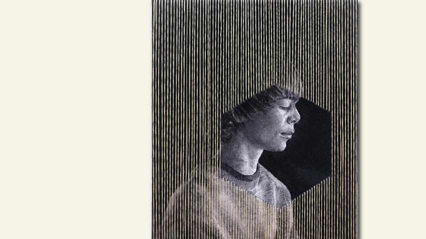 geb. 1983 in Hausham lebt in Nürnberg time out I (2018) 27 x 20 cm Tusche und Garn auf Leinwand