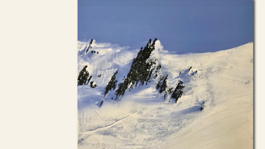 geb. 1958 in Nürnberg lebt in Kalchreuth Berge erinnert, Serie_E 05 (2019) 70 x 70 cm Ölkreide und Acryl auf Leinwand