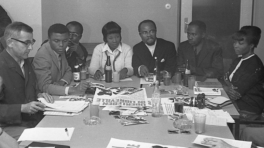 Eindringlich appellieren die Studenten aus Biafra an die Bevölkerung schnell zu helfen. Hier geht es zum Artikel vom 26. Juni 1969: Biafraner brauchen Hilfe