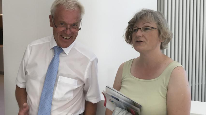 Gunzenhausens Altbürgermeister Gerhard Trautner war vom Ergebnis der über zwei Jahre währenden Generalsanierung beeindruckt.