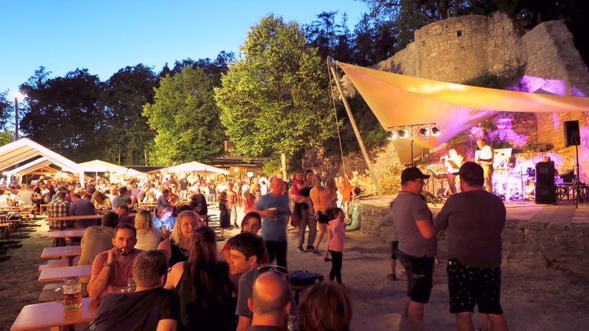 Gluthitze, Geist und Golden Boys: Das war das Treuchtlinger Burgfest 2019