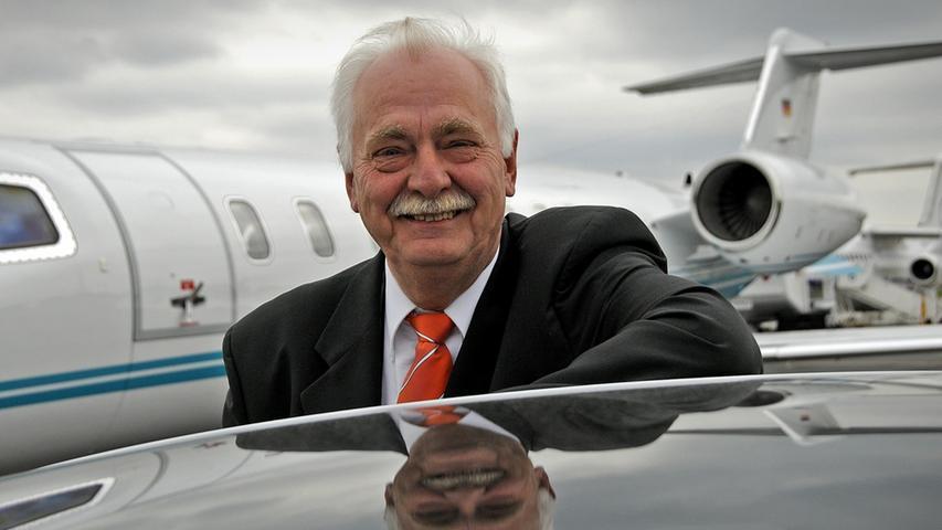 Boss der VIPs: Wie Rod Stewart barfuß zum Flugzeug lief