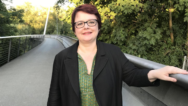 Ihr Weg begann in Eckersmühlen im Landkreis Roth: Die Landtagsabgeordnete Verena Osgyan will in Nürnberg Oberbürgermeisterin werden. Sie tritt dort für die Partei Bündnis 90/Die Grünen an.