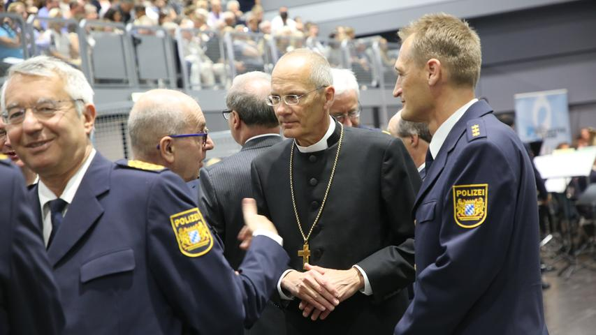 Vereidigung von Polizeibeamtinnen und -beamten aus Bayern in der Frankenhalle in Nürnberg..Foto: (c) RALF RÖDEL / NN (13.07.19)..
