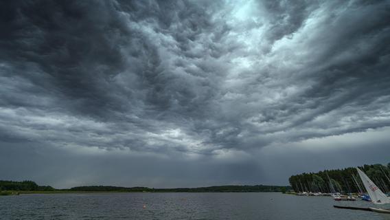 Warnung für Bayern: Gewitter und Starkregen in Sicht