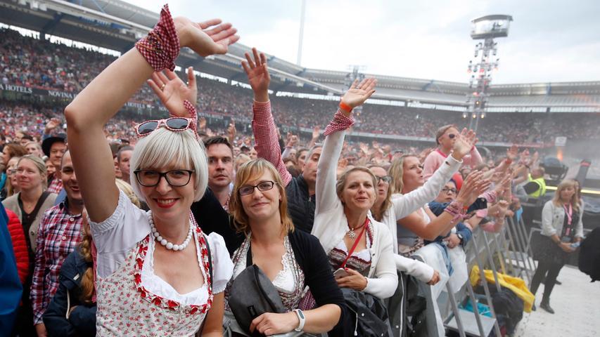 Die Fans jedenfalls sind voll in Fahrt: