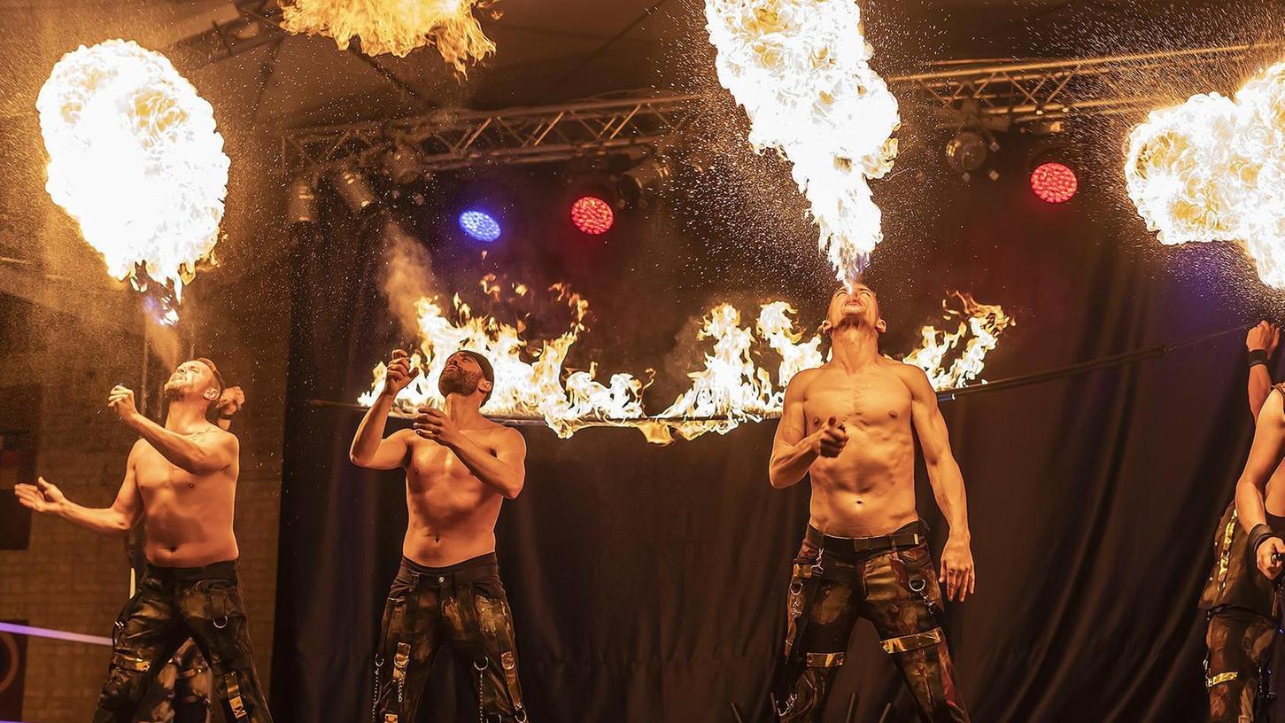 """Spektakulär und echt heiß fiel dieses Mal die Show der """"Magic Artists"""" aus dem Saarland aus, die schon 2014 auf Maffei tiefe Eindrücke hinterlassen hatten."""