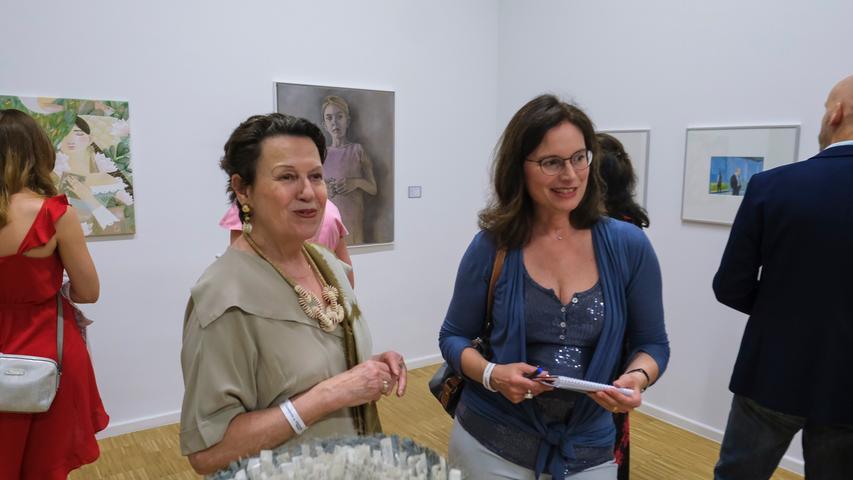 Lokales/Feuilleton..Foto: Günter Distler..Motiv: NN-Kunstpreis 2019; Preisverleihung und Ausstellungseröffnung; 17.09.2019.; Re.: NZ-Redakteurin Anabel Schaffer
