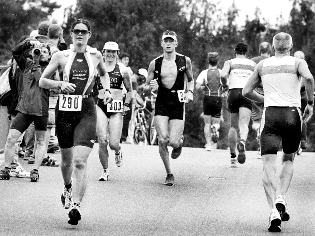 Motiv: Erlanger Triathlon.Ressort: Erlangen.Foto: Harald Hofmann.Bildgröße:16,9x11,8