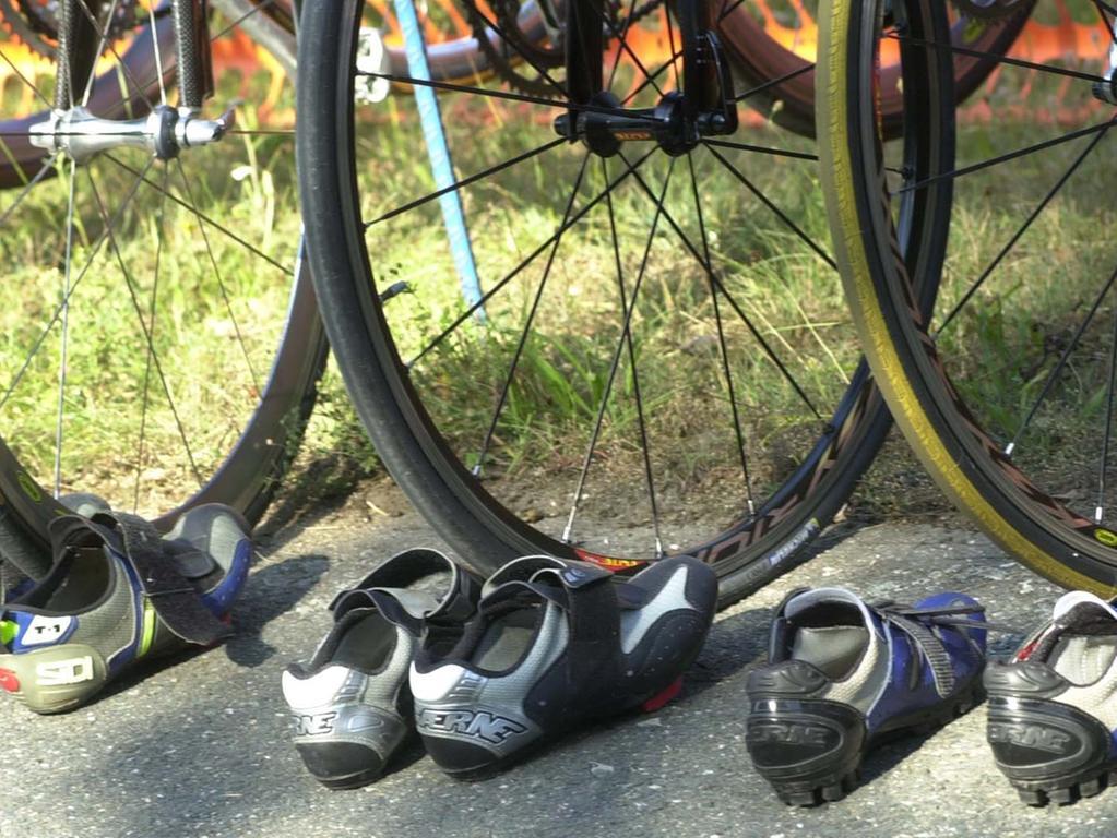 MOTIV:erlangen triathlon schwimmen , radfahren ,l aufen..PHOTO:ANDR DE GEARE..VER™FFENTLICHUNG NUR NACH VORHERIGER VEREINBARUNG..RESSORT:erlangen EN..DATUM:..