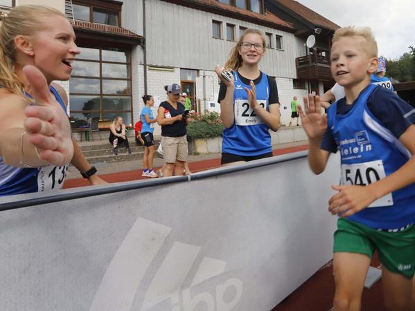 Ganz schön schnell: Tim Groß aus Burghaslach gewann den Lauf der Zwölfjährigen.