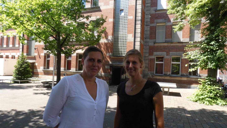 Wollen im Pfisterschulhaus mit einer Montessori-Schule starten: Victoria Loebermann-Fickl (l.) und Nina Wibmer.