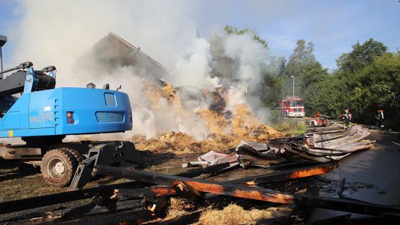 100.000 Euro Schaden: Fränkische Scheune geht in Flammen auf