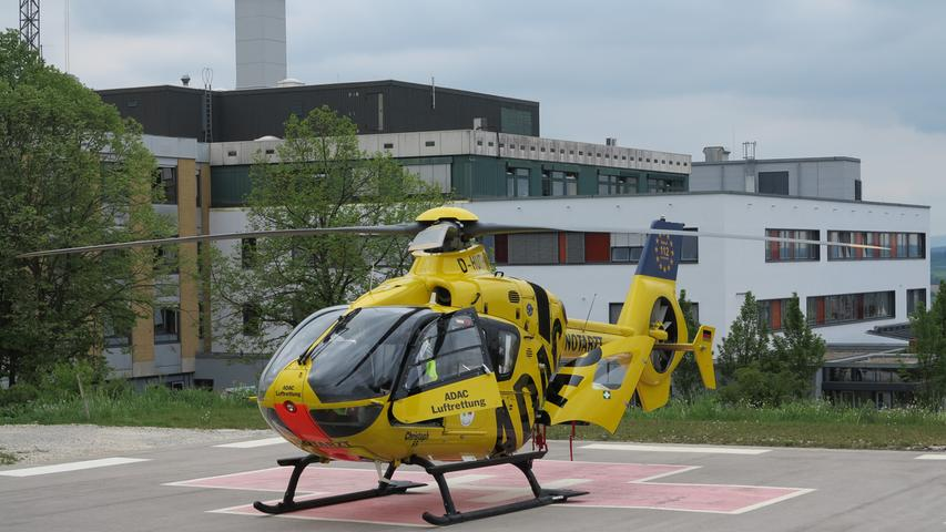 Als Teil-Angehörige des Klinikums Altmühlfranken sind die Mitarbeiter am  Standort Gunzenhausen auf Unfall- und Wiederherstellungschirurgie sowie Kardiologie und Angiologie (Gefäßerkrankungen) spezialisiert.