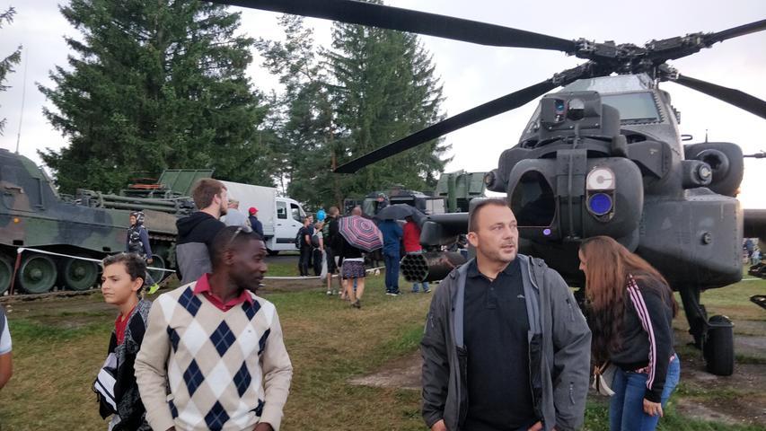 Schwere Geschütze und Bier: So war das Army-Volksfest in Grafenwöhr
