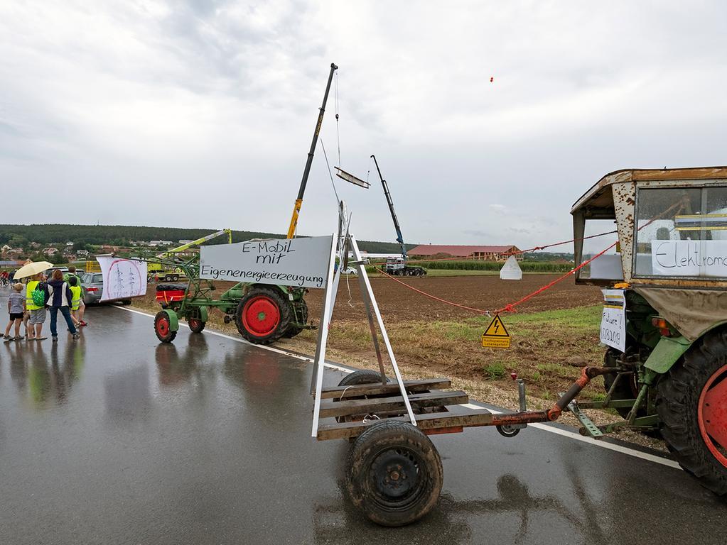 ´FOTO: André Ammer, 10.08.2019...MOTIV: Gustenfelden; Lkr. Rth., Demonstration - Aktionstag gegen Stromtrasse Juraleitung. Veranstalter: Bürgerinitiative