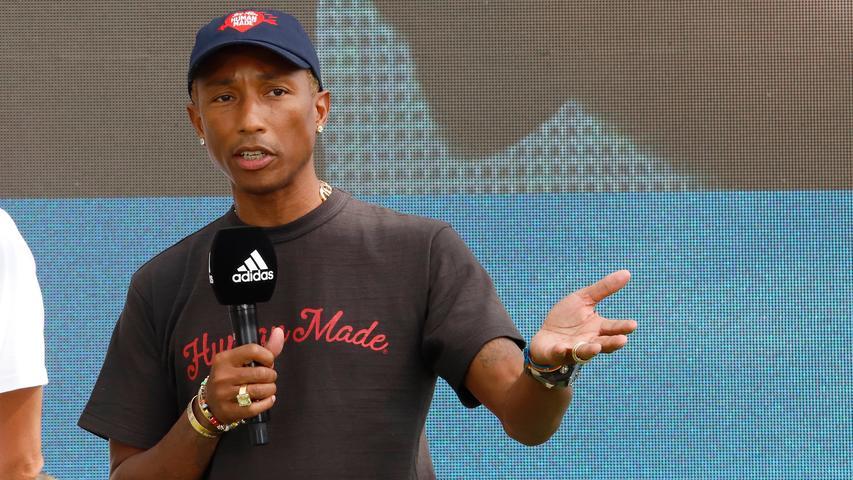Wer kennt ihn nicht? Superstar Pharrell Williams landete 2013 einen weltweiten Superhit mit