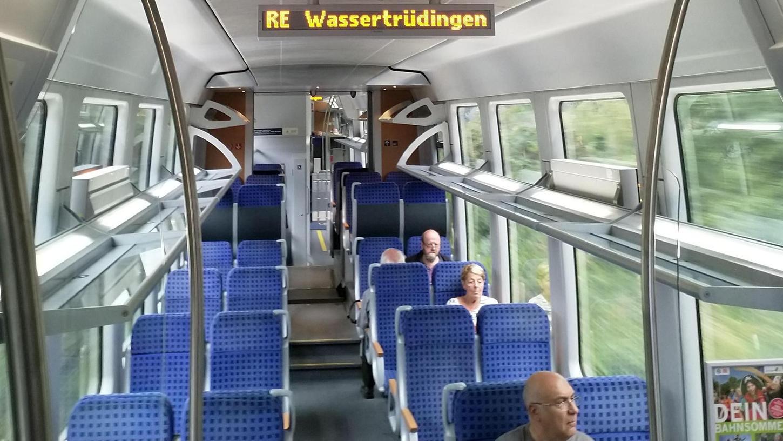 Um Besuchern die Anreise zur Landesgartenschau zu erleichtern, wurde die stillgelegte Bahnstrecke zwischen Gunzenhausen und Wassertrüdingen reaktiviert.