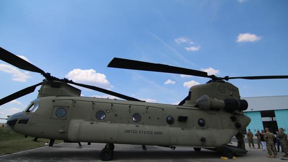 US-Soldaten retteten Verunglückten in Franken mit Chinook - und werden ausgezeichnet
