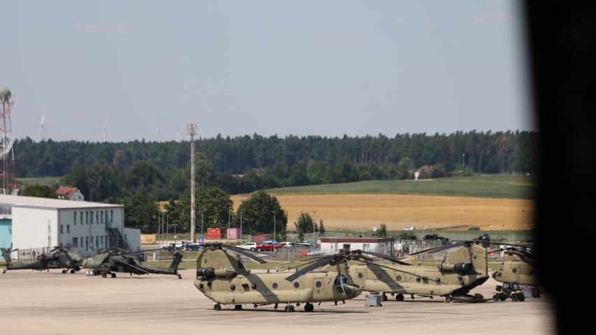 Chinook auf dem Flugfeld in Katterbach